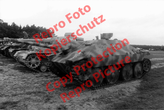 Foto-20er-Format-Panzer-Jagdpanzer-Hetzer-Sdkfz-138-ca-20x30cm