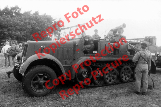 Foto-20er-Format-Sdkfz-7-Halbkettenfahrzeug-ca-20x30cm